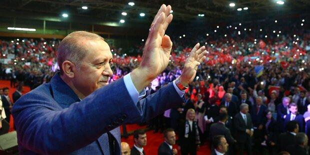 Erdogan schickt Austro-Türken Wahlkampf-Briefe