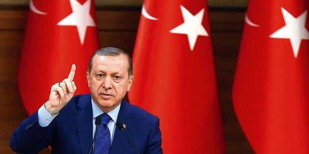 Erdogan vor jungen Musliminnen: