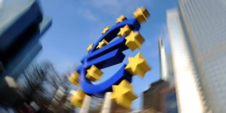 EU stockt Euro-Rettungsschirm auf