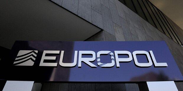Meistgesuchte Verbrecher bekommen Post von Europol