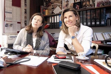 Eva Dintsis und Desirée Treichl-Stürgkh im Opernball-Büro