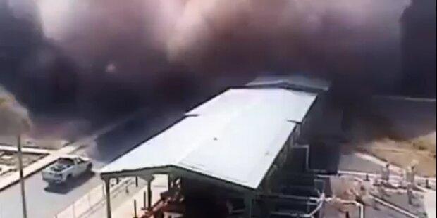 Gewaltige Explosion in Raffinerie in Mexiko