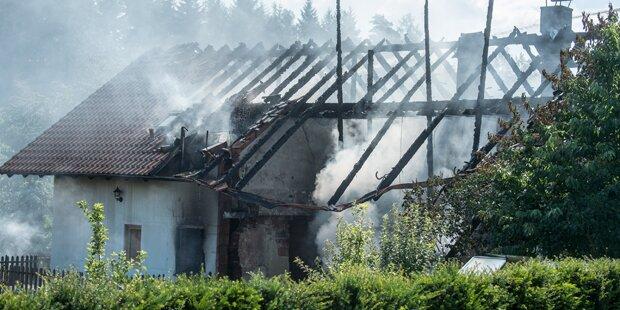 Rohrbomben-Explosion in Wohnhaus in Bayern