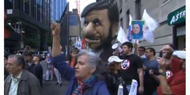 New Yorker protestieren gegen Ahmadinedschad