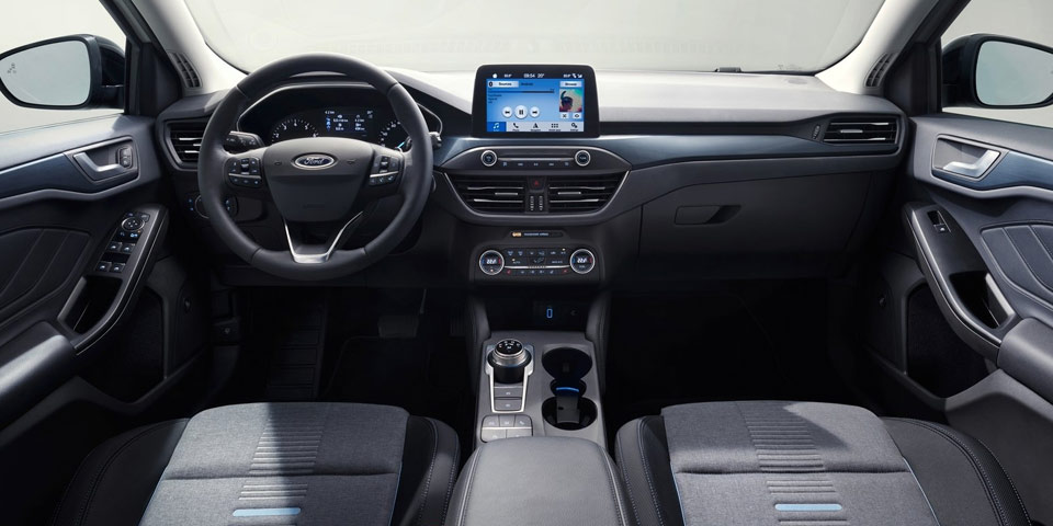 FORD_FOCUS_ACTIVE_960o4.jpg