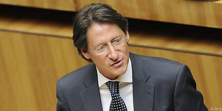 FPÖ und BZÖ wollen Griechen aus Euro-Zone werfen