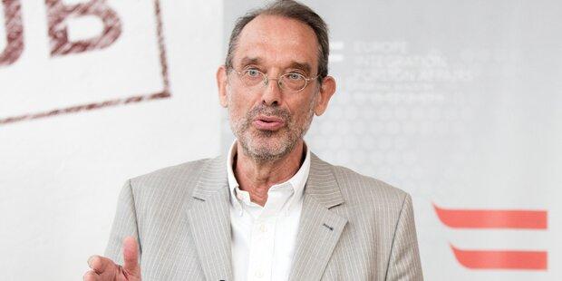 Faßmann: 'Kein Kopftuch bei Lehrerinnen'