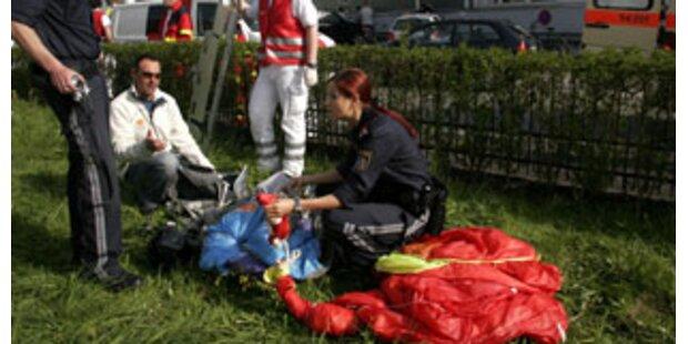 Fallschirmspringer überlebte 4.000 Meter-Sturz