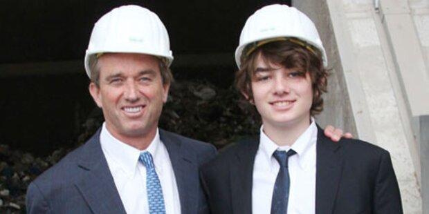 Kennedy und Sohn als Wien-Fans