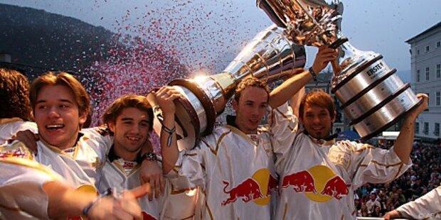 Eishockey-Meister Salzburg feierte am Mozartplatz