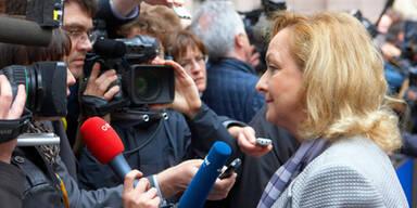 Fekter weist Politikerschelte zurück