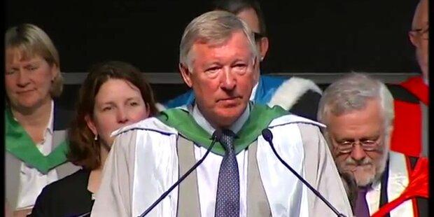 Manchestertrainer Ferguson erhält Doktortitel
