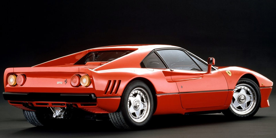Ferrari-288-GTO-960-off2.jpg