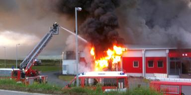 Brand in Wurstfabrik: Ermittlungen laufen an