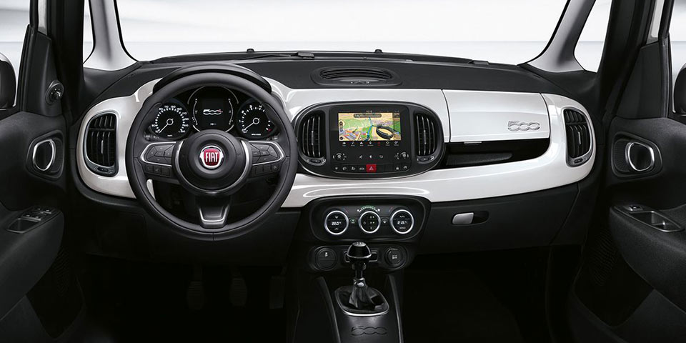Fiat_New-500L_960-off.jpg