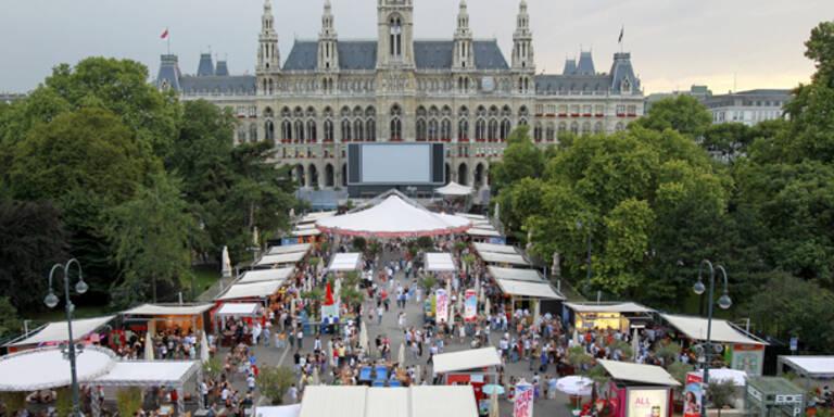 Rathausplatz lockt mit Adele Kulturfans an