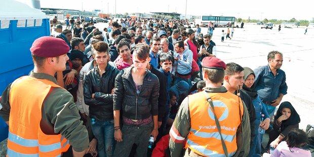 1.100 Menschen warten an ungarischer Grenze