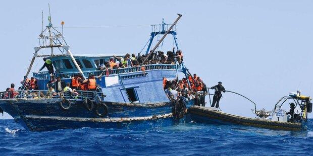 Harter Asyl-Kurs: Italien schiebt 184 Migranten ab