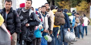 Asylanträge um 44 Prozent gesunken