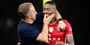 Bayern-Trainer Hansi Flick mit David Alaba