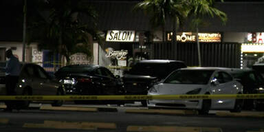 Schüsse in Florida: Zwei Tote, 20 Verletzte