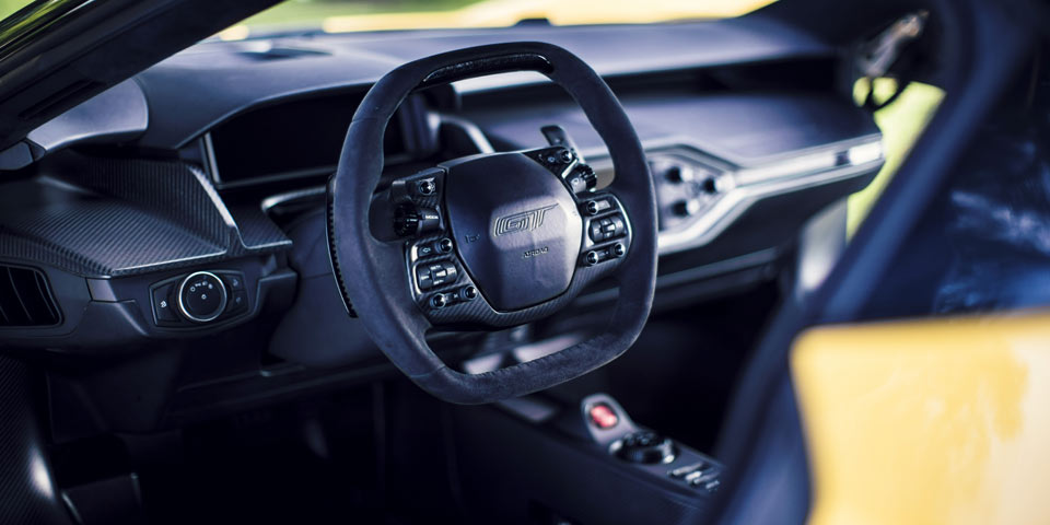 Ford-GT_2017-960-off2.jpg