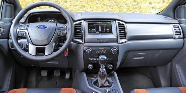 Ford-Ranger-Details-und-Inn.jpg