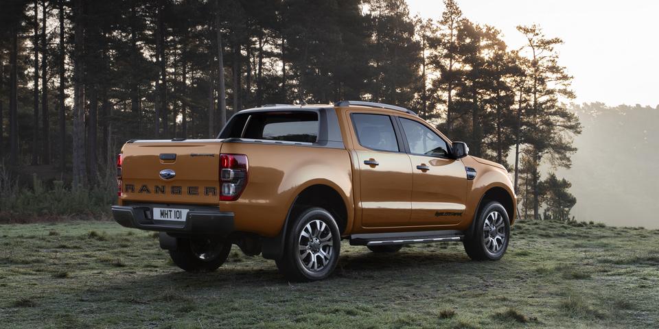 Ford_Ranger-2019-fl-off1.jpg