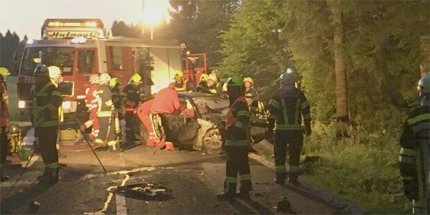 28-Jähriger stirbt bei Horror-Crash in OÖ