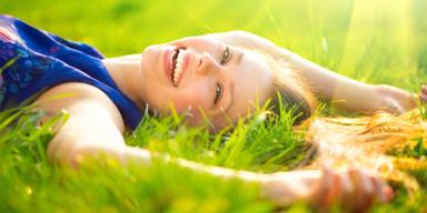 Frau glücklich - Vergleichsportal - Tipp des Tages Gesund & Fit - Bild 1