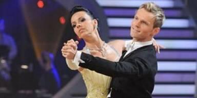Petra Frey & Vadim tanzen einen Langsamen Walzer