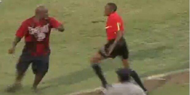 Fußballer will Linienrichter verprügeln