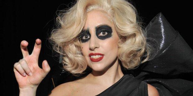 Steht Lady Gaga auf Blut-Bäder?