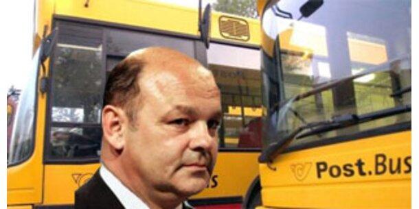 Postbus-Chef stolpert über Stripaffäre