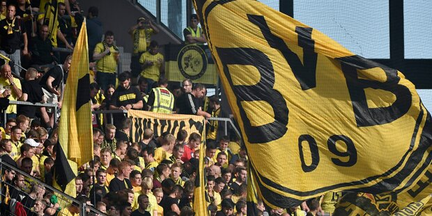 1500 Dortmund Fans