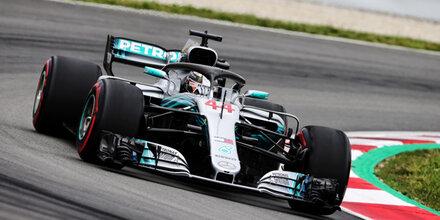 Hamilton krallt sich Pole in Spanien