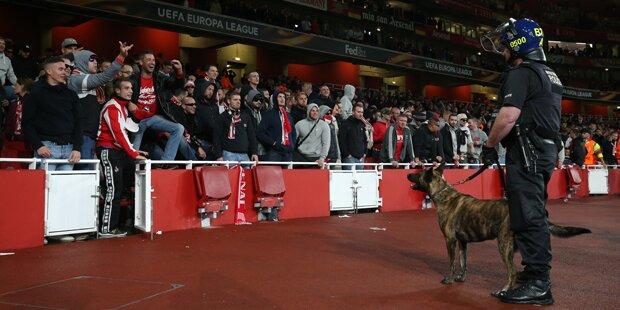 Star wird erpresst: Englischer Fußball unter Schock