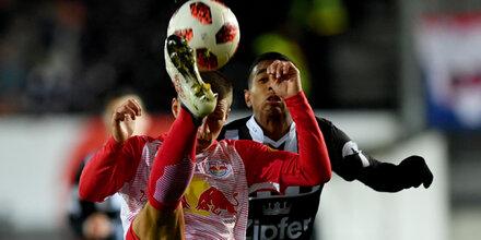 Red Bull Salzburg rettet Punkt