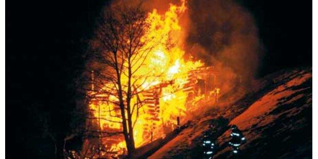 Ferienhütte brannte vollständig ab