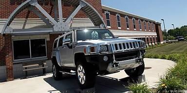 GM sucht nach Käufer für Geländewagensparte Hummer