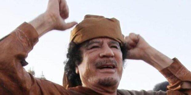 Ein Rückblick auf Gaddafis bizarres Leben