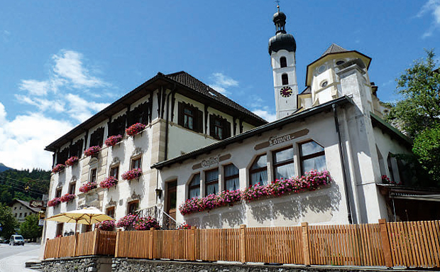 Gasthaus-Löwen-Tschgguns-fi.jpg