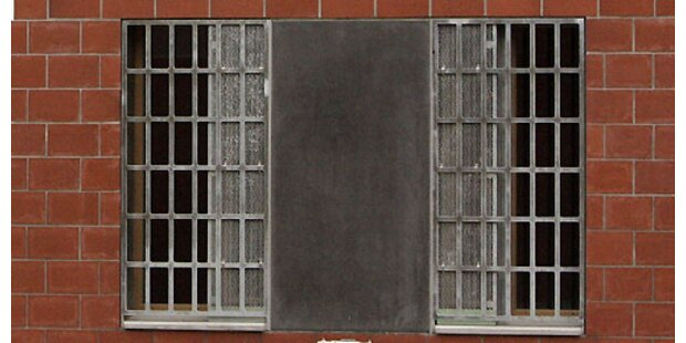 Häftlinge stellen brisante Knast-Fotos ins Netz