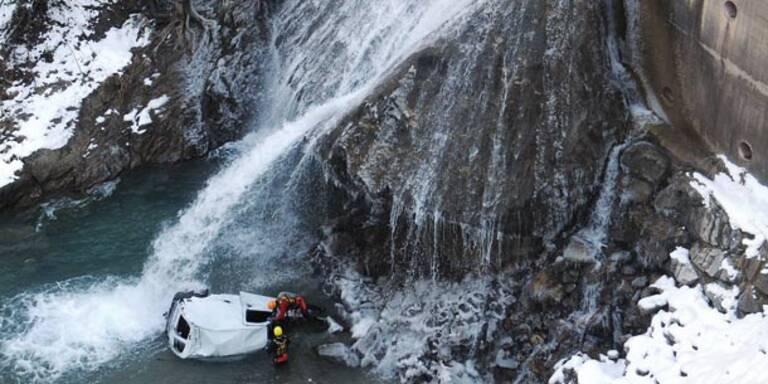 65 Meter-Sturz in Bach überlebt