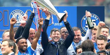 Trainer Steven Gerrard bei Meisterfeier mit seinen Glasgow Rangers