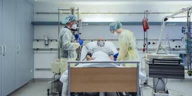 Krankenhausbild-Krankenbett