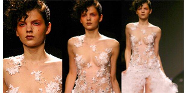 Nackte Tatsachen bei Haute Couture- Schauen in Paris