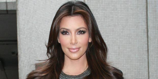 Kim Kardashian hat sich verlobt