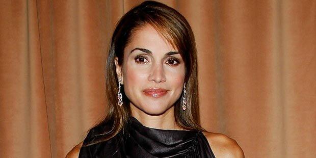Schöne Königin Rania am Herzen operiert