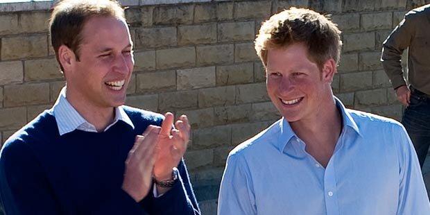 Prinz William feiert auf dem Wasser